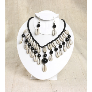 Cowrie Shell Jewelry Set-Black