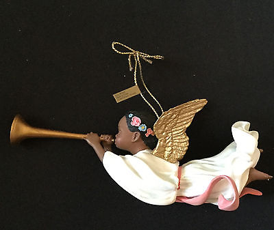 JOY TO THE WORLD ornament by Thomas Blackshear 2000
